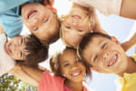 Des perturbateurs endocriniensretrouvés dans les cheveux d'enfants